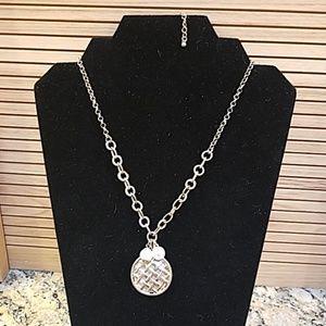 Weave pendant w pearl & rhinestone 2 chains GUC